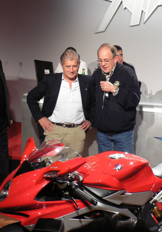 Giacomo Agostini si Phil Read la lansarea noului MV Agusta F4