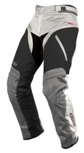 pantalonii Andes