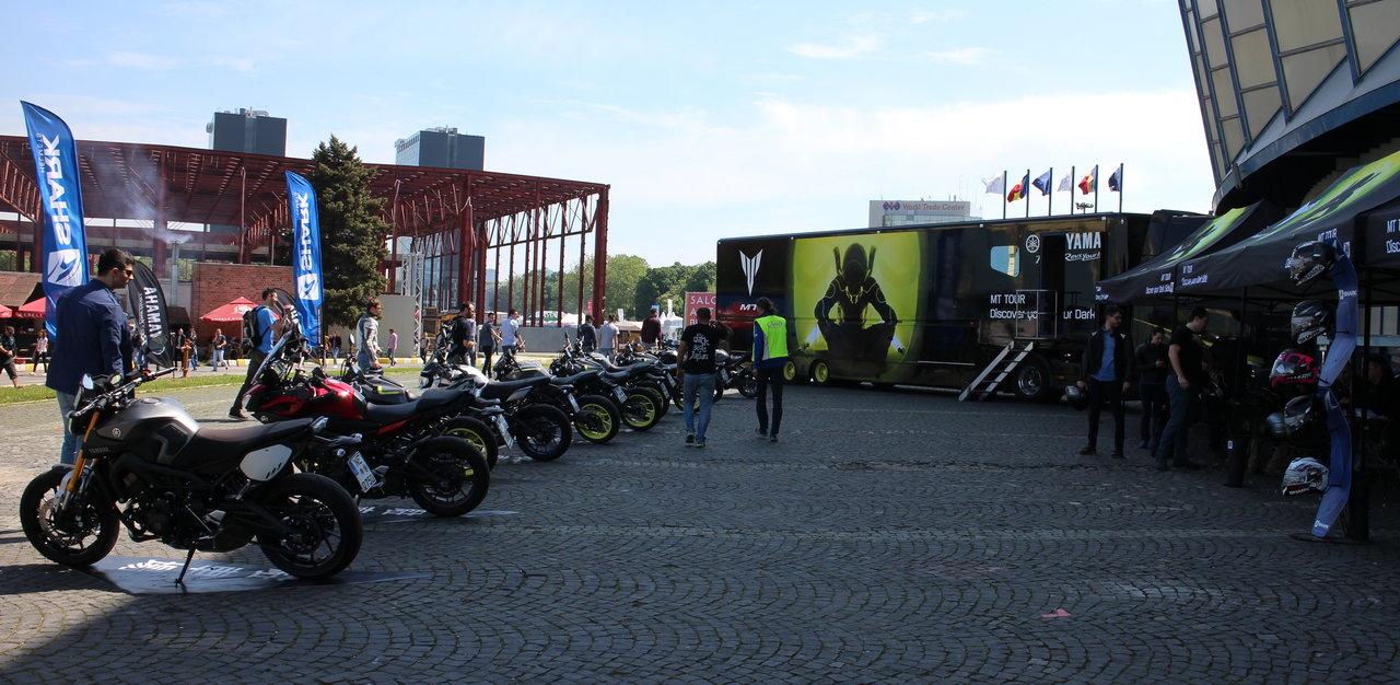 caravana Yamaha MT Tour