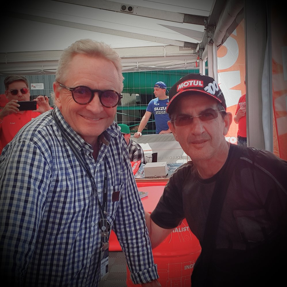 Cu Kevin Schwantz in standul Suzuki la Sachsenring 2018
