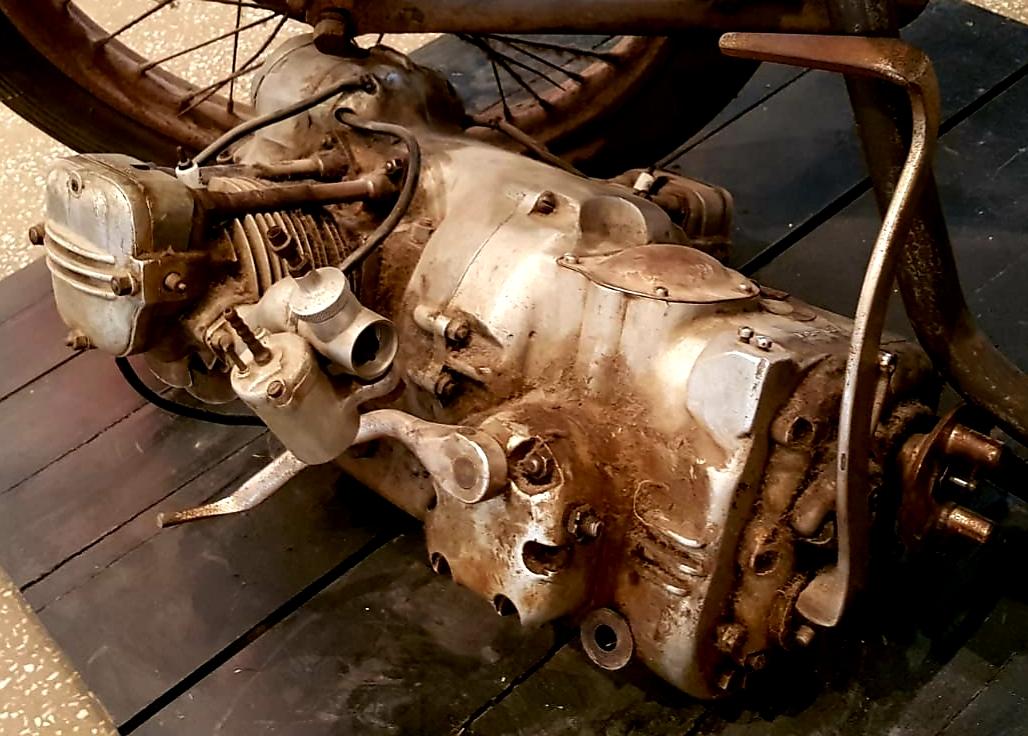 Motocicleta construită la Aiud