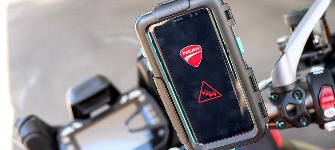 Ducati a prezentat ConVeX, un sistem de comunicare automobil – motocicletă