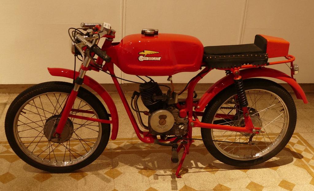Ducati Bande Rosse
