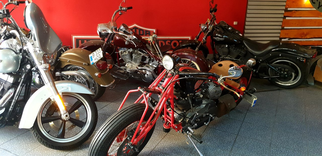service car Harley-Davidson