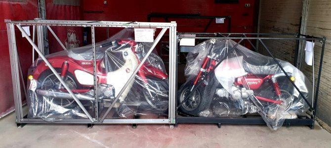 Honda Super Cub și Monkey, două modele legendare, au ajuns la magazinul din București