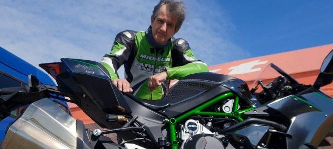 Kawasaki Ninja H2 Carbon model 2018 – test și prezentare video