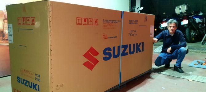 Suzuki DL 650 XT – pregătire de livrare (Unboxing)