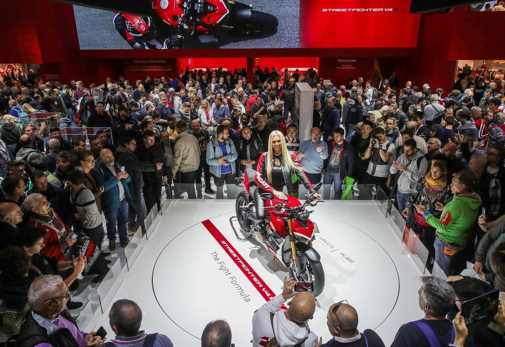 Ducati Streetfighter V4 la EICMA 2019