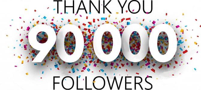 Pagina POVEȘTI CU MOTOARE are 90000 de prieteni pe Facebook. Hai băieți cu suta !