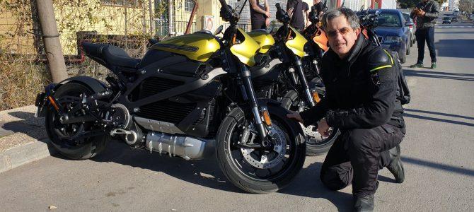 Am testat Harley-Davidson LiveWire, prima motocicletă cu motor electric a firmei din Milwaukee