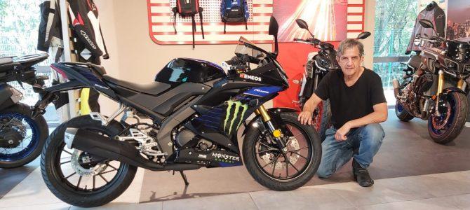 Yamaha R125 Monster Energy MotoGP Edition a ajuns la magazinul din Bucureşti al importatorului