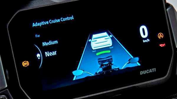 Radar pe Multistrada V4