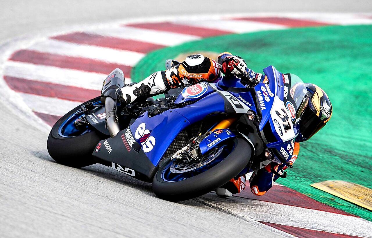 Andrea Dosoli despre Yamaha R1