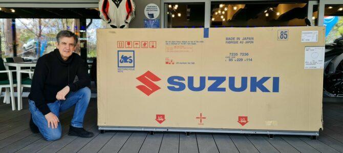 Prezentare statică Suzuki Hayabusa 2021 (un fel de Unboxing) și caracteristici tehnice
