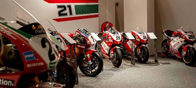Expoziție omagială Troy Bayliss la muzeul Ducati