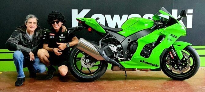 Noul NinjaZX-10RR 2021 a ajuns la magazinul din București al importatorului Kawasaki